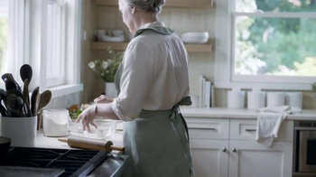 Marie Callender's Chicken Pot Pie TV Spot, 'Catching up With Family'