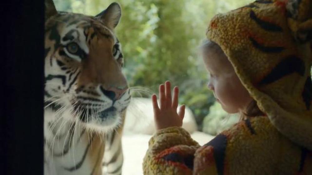 Expedia TV Spot, 'Zoo'