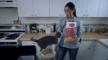 Which Is A Better Cat Food Nutrish Or Purina Beyond