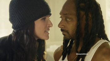 Old Navy TV Spot, 'Snoopin' Around' Feat. Julia Louis-Dreyfus, Snoop Dogg