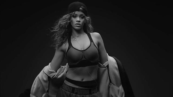 PUMA: Rihanna Trains for Platinum
