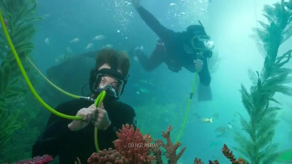 Verizon TV Spot, 'A Better Network as Explained by a French Scuba Diver' thumbnail