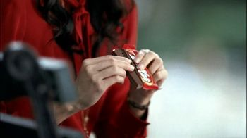 Kit Kat TV Spot, 'Park' - Thumbnail 2