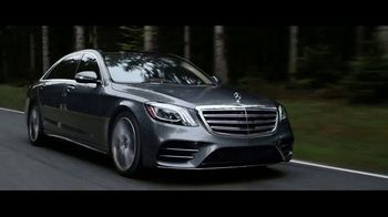 Watch the newest tv ads from mercedes benz amex toyota for Mercedes benz american express platinum